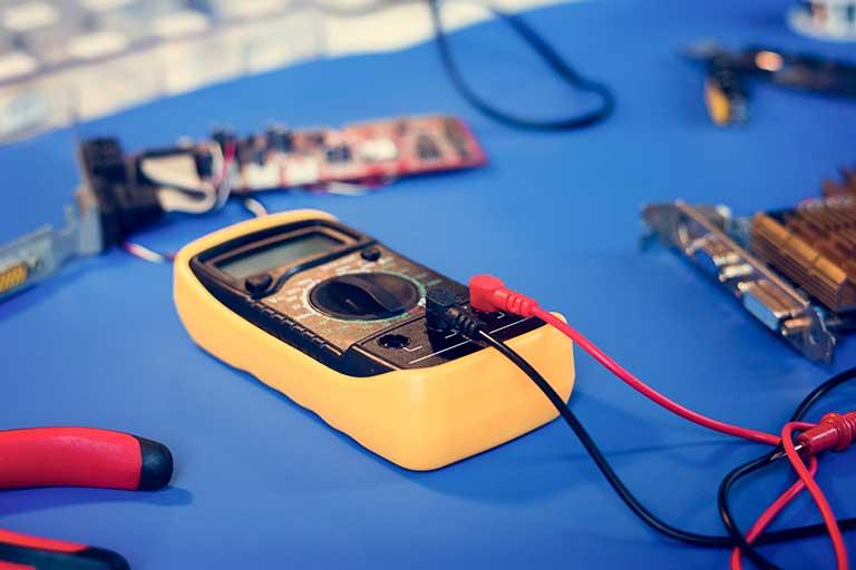teste de segurança elétrica equipamentos médicos